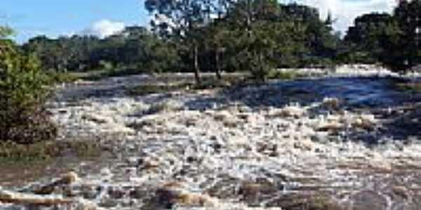 Cachoeira dos Espanhóis-Foto:doty