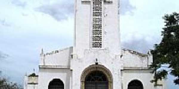 Capela em Catuana, por Francisco Edson Mendonça Gomes.