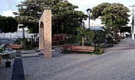 Caucaia - Caucaia-CE-Praça no centro da cidade-Foto:CPEIXOTO
