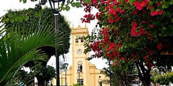 Caucaia-CE-Praça e Matriz de N.Sra.dos Prazeres-Foto:ARAGÃO