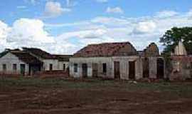 Cococi - Ruinas de casas em Cococi-Foto:Thiago dos Passos