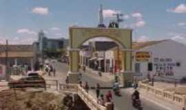 Crate�s - Arco de Nossa Senhora de Fatima, Por Rugg�ry