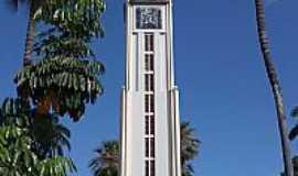 Crato - Crato-CE-Monumento do Cristo na Pra�a Francisco S�-Foto:Jupira Souza