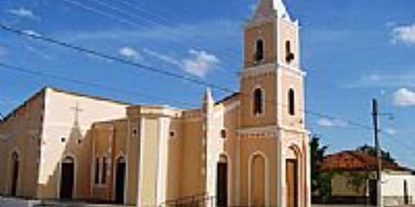 Igreja em Cristais, por Francisco Edson Mendonça Gomes.