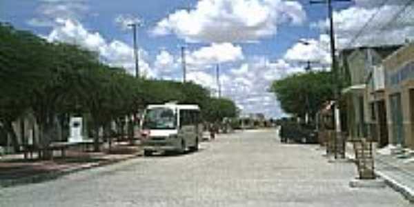 Rua e praça em Ouro Branco-Foto:Gilberto Carvalho Ju…