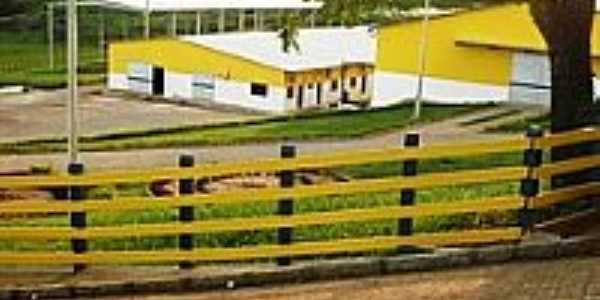 Indústria de Laticínios-Foto:NewertonSantos