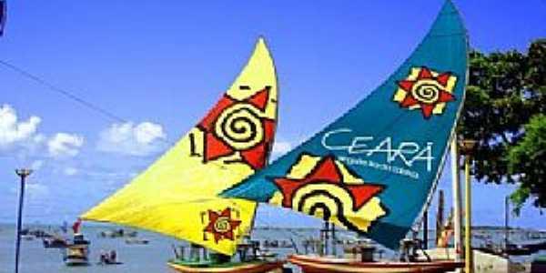 Fortaleza-CE-Jangadas na praia-Foto:www.facebook.com