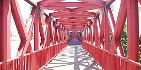 Fortaleza-CE-Centro Cultural Dragão do Mar, passarela com ilusão de ótica-Foto:Josue Marinho