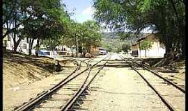 Palmeira dos Índios - Palmeira dos Índios-AL-Linha férrea na Rua Graciliano Ramos-Foto:Cristiano Soares