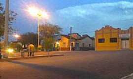 Groairas - Salão Paroquial e Praça da Matriz  em Groairas por Alvaro Melo