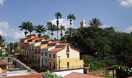 Guaramiranga - Guaramiranga-CE-Sobrados coloridos com a torre da Matriz ao fundo-Foto:Celso Coelho