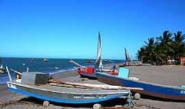 Icapuí - Icapuí-CE-Barcos na praia-Foto:nimra mhad