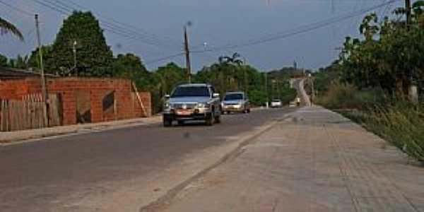 Rodovia em Porto Acre AC