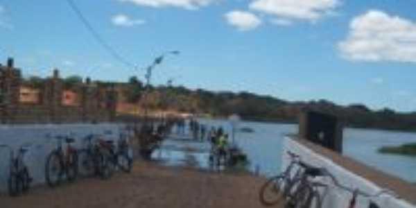 travessia na barragem, Por Amaral