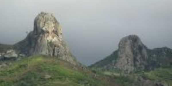 Pedra dos Noivos, Por antonio marcos