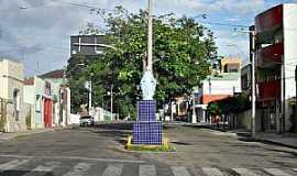 Itapipoca - Itapipoca-CE-Imagem de N.Sra.das Graças no centro-Foto:WLuiz