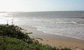 Itapipoca - Itapipoca-CE-Praia da Baleia-Foto:Marcelo Taperuaba