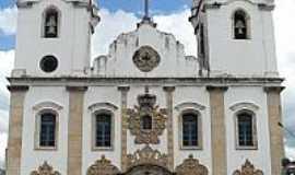 Penedo - Igreja de S�o Gon�alo Garcia em Penedo-Foto:Manoel Jorge Ribeiro�