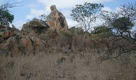 Jandrangoeira - Jandrangoeira-CE-Formação rochosa que lembra a imagem de Nossa Senhora-Foto:cearaemfotos.blogspot.com.br