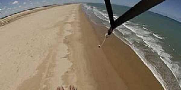 Piaçabuçu-AL-Vôo de Parasail por terra e pela água-Foto:Facebook