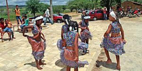 Lagoa dos Crioulos-CE-Cultura da Comunidade Quilombola-Foto:secultdesalitre.blogspot.