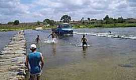 Lagoa Grande - Travessia do Rio em Lagoa Grande-Foto:valdeizo