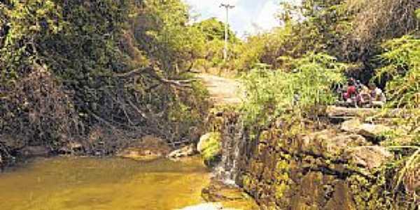 Lameiro-CE-Cascata do Lameiro-Foto:diariodonordeste.