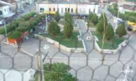 Lavras da Mangabeira - Praça de Mangabeira, Por Cicero