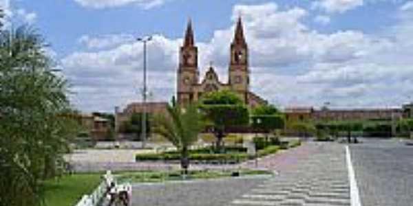 Praça e Igreja Matriz-Foto:professor_pepe