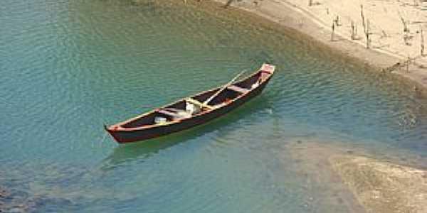 Piranhas-AL-Barco de pescadores-Foto:Gilton Goes