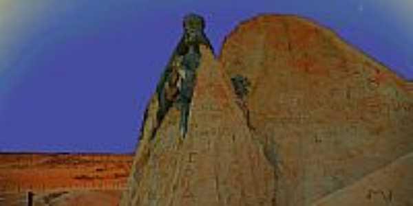 Nossa Senhora na falésia em Majorlândia-CE-Foto:nimra mhad