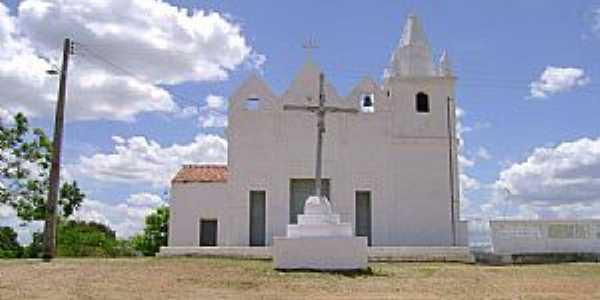 Manituba-CE-Cruzeiro em frente a Igreja-Foto:Facebook