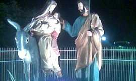 Marrecas - Marrecas-CE-Jesus,Maria e José na praça central-Foto:Alex Caracas
