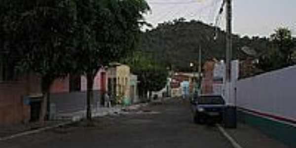 Rua Monsenhor Jos� Furtado em Meruoca-Foto:Ivo Dias