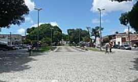 Messejana - Praça em Messejana, por Paulo Tragino Moreira.