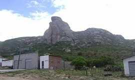 Milagres - Milagres-CE-Grande pedra na Montanha-Foto:Fabricio e Fernanda