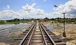 Miraíma - Ponte ferroviária sobre o sangradouro-Foto:Éder Bicudo