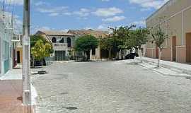 Morada Nova - Morada Nova-CE-Rua ao lado da Matriz-Foto:Milena Saraiva Leão Vieira