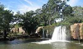 Morrinhos Novos - Cachoeira em Morrinhos Novos-Foto:renato correia