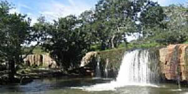 Cachoeira em Morrinhos Novos-Foto:renato correia