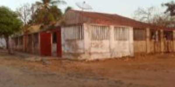 Primeira casa a ser construida em Mutambeiras, Por esterlane