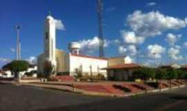 Novo Oriente - Igreja Matriz de S�o Francisco de Assis e Pra�a Sargento Herm�nio em Novo Oriente - Cear�, Por George Aguiar