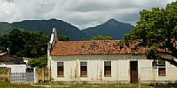 Lateral da Igreja-Foto:Krewinkel-Terto de A…