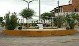 Palhano - Rotatória na cidade de Palhano-Foto:Isaac Borman