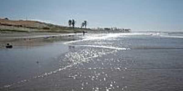 Paraipaba-CE-Praia de Lagoinha-Foto:Rom�o