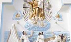 Parazinho - Detalhe da frente da Igreja