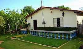 Pereiro - Pereiro-CE-Casa t�pica da cidade-Foto:Marcos Andr�