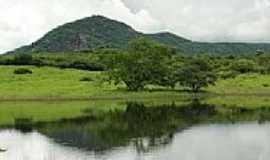 Pitombeira - Barragem em Pitombeira-Foto:edaparicio