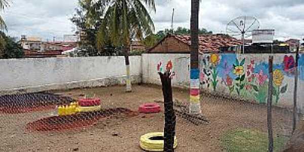 Ponta da Serra-CE-Horta Comunitária no Posto de Saúde-Foto:blogdapontadaserra.