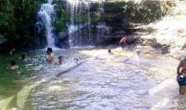 Porteiras - cachoeira da barriguda de porteiras, Por Antonio